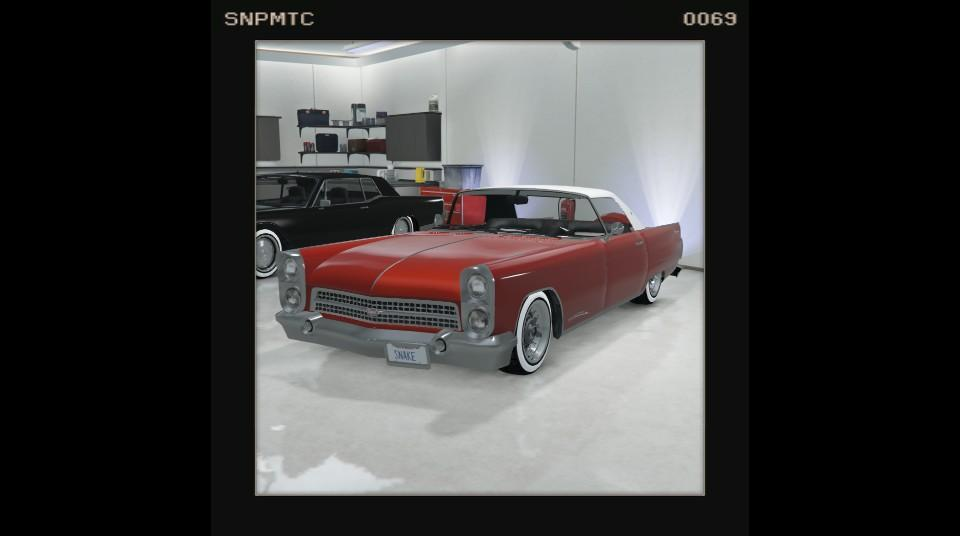 Peyote - Red w/ White top, and whitewall tyres