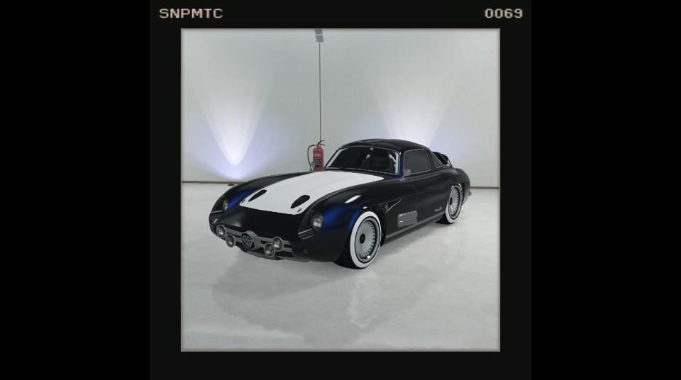 Stirling GT - Midnight Blue w/ white bonnet, and whitewall tyres